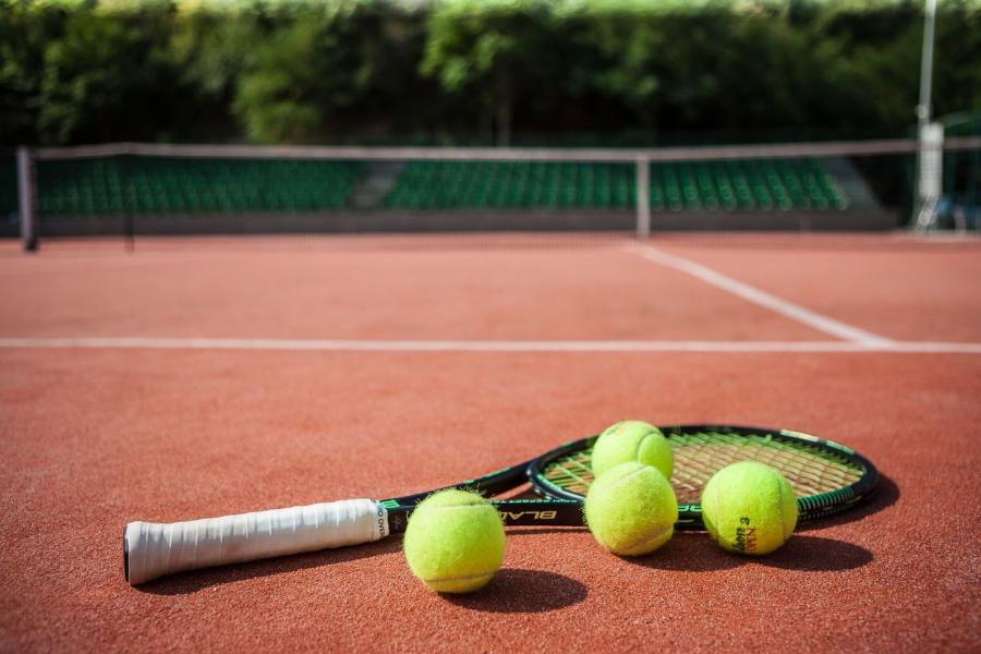 У Франківську шукатимуть інвестора для будівництва тенісних кортів (відеосюжет)